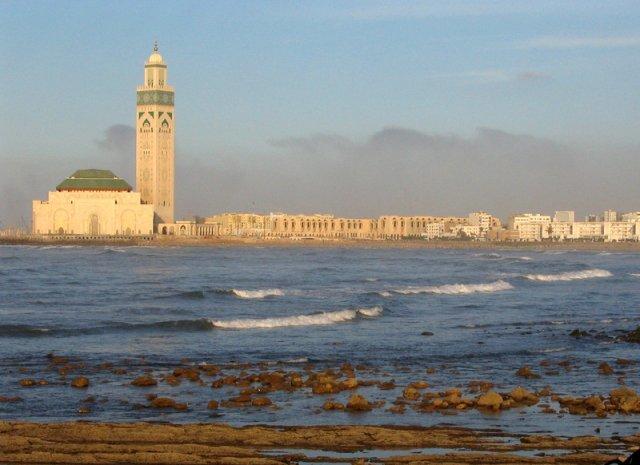 phoca_thumb_l_casablanca-mezquita-hassanii-5-marruecos_800x600